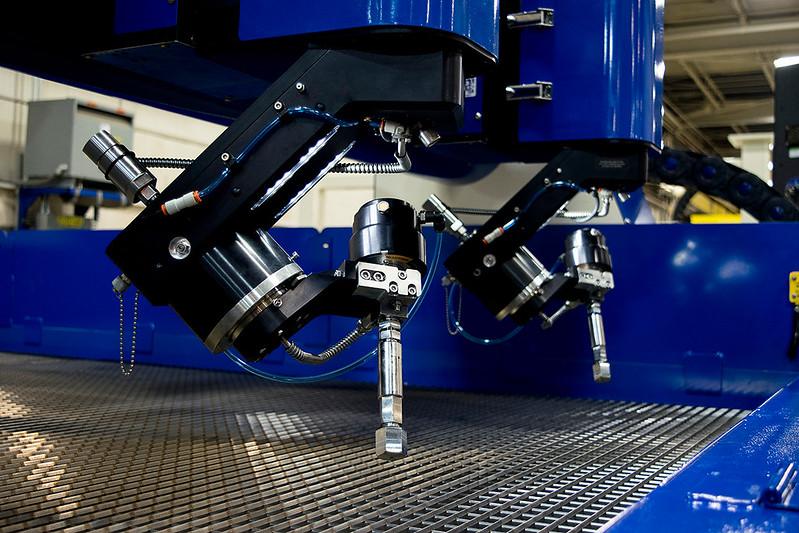 waterjet machine manufacturer